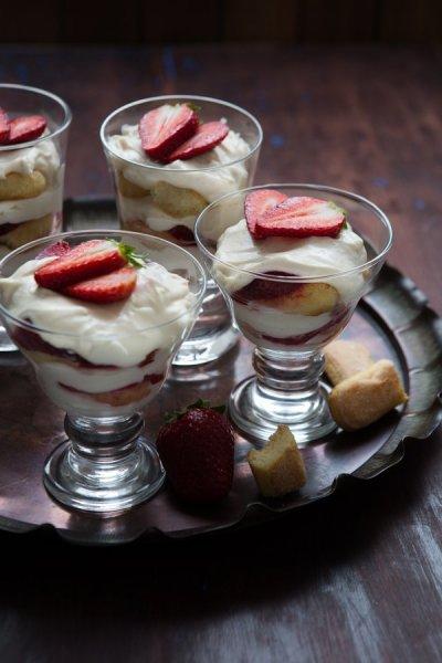 strawberry tiramisu final-8543