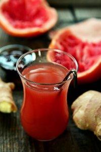 gyomberes fenyoszirupos grapefruit ital2